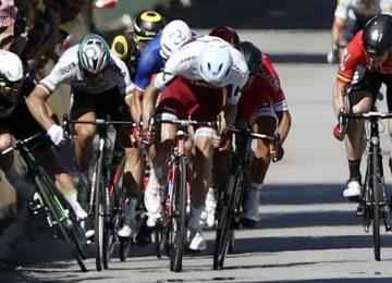 531224 1 360x260 - Tour de Francia: ¿Es posible que Cavendish haya sido culpable de su propia caída?