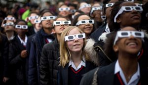179173 300x172 - ¡Asombroso! NASA sugiere que en el próximo eclipse solar todas las personas bajarán de peso