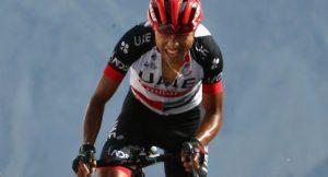 atapuma getty1 900x485 300x162 - El colombiano Miguel Ángel 'Supermán' López hace historia ganando etapa en la Vuelta