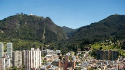 cerros orientales r0 - Homenaje a Bogotá, la ciudad que ha adoptado a más de 3 millones de personas