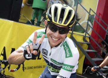 chaves afp72 0 360x260 - Tras la décima etapa, Esteban Chaves se mantiene segundo en la Vuelta a España