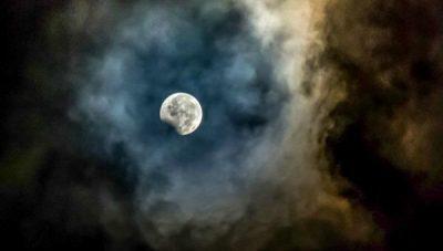gettyimages 827435954 - ¡Asombroso! NASA sugiere que en el próximo eclipse solar todas las personas bajarán de peso