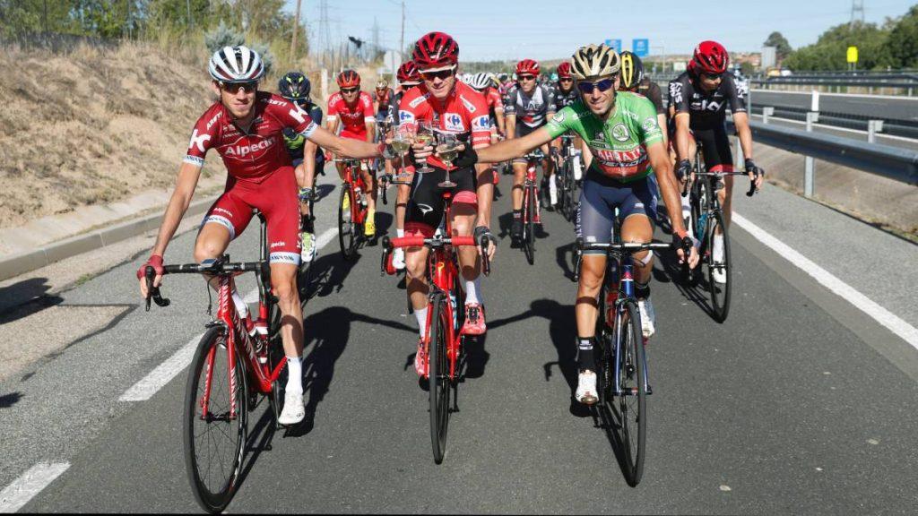 1505007958 447993 1505068370 noticia normal 1024x576 - Etapa 21: Froome se corona campeón de La Vuelta