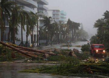 97758352 hi041610126 360x260 - ¿Qué impacto tiene realmente el cambio climático en los potentes huracanes Irma y Harvey que azotaron al Caribe y a Estados Unidos?