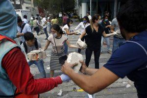 cadenas de ayuda portada 1200x800 300x200 - La ingeniera colombiana clave en las labores de búsqueda en México