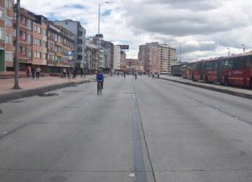 caminata bicileta y transporte publico en domingo en bogota 360x260 - Viajar por la ciudad en domingo