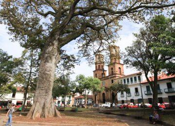 parque la libertad en san gil 360x260 - Sostenibilidad del potencial turístico santandereano, en Foro de San Gil