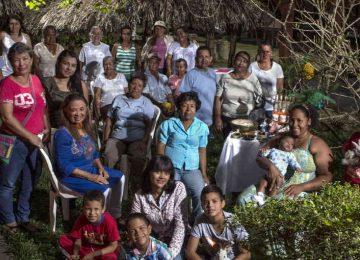 543899 1 360x260 - Nashira: una ciudadela de mujeres