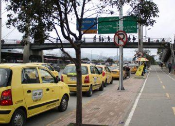 5931944d27218 360x260 - La alcaldía de Bogotá autoriza alza de tarifas de taxi y cobro con app