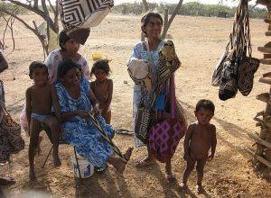 800px Wayuu Desierto La Guajira 700x514 300x220 - El hambre y la desigualdad en Colombia
