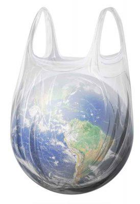 Colombia apuesta por el uso racional de bolsas plasticas GR - Un trueque por la salud del planeta: por cada diez bolsas plásticas le dan una de tela