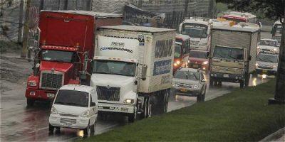 58a066aac325d 1 - Camiones de carga tendrían pico y placa de seis horas en Bogotá