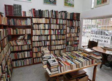 5a0614230cb0d 360x260 - Ese encanto por los libros viejos
