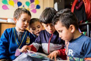 Lectoescritura 300x200 - Preocupación por niños que se quedan solos en casa