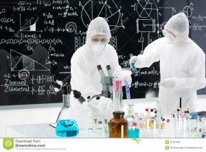 scientists manipulating lab tools general view two people studying testing substances colorful liquids 31257395 300x222 - Veneno de escorpión serviría para tratar cuatro tipos de cáncer