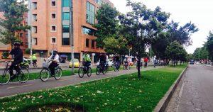 416888 75433 1 300x158 - Estudiantes diseñan paraderos para hidratarse en bici sin bajarse