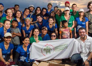 5a343c116adb0 360x260 - De las salas de cirugía al activismo: la historia de Camilo Prieto