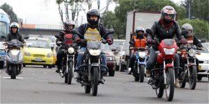 56411cc5ca757 300x150 - El movimiento de la motocicleta en Colombia