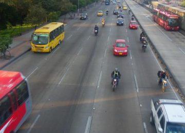 foto guillermo camacho cabrera 3 360x260 - El movimiento de la motocicleta en Colombia