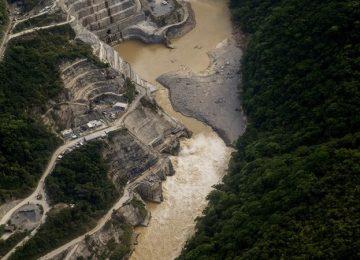 3758079 n vir3 360x260 - Caudales, movimientos de tierra y estabilidad en la presa: riesgos en Hidroituango