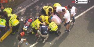 5b65ca09c488e 300x150 - Egan Bernal se perdería la Vuelta a España tras su grave caída