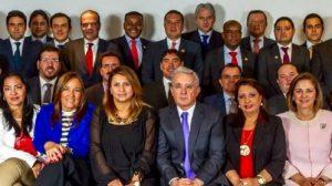 cd2 900x585 300x168 - Los ganadores y perdedores de la consulta anticorrupción