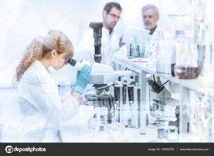 "depositphotos 152502702 stock photo health care researchers working in 300x219 - ""Queremos que los jóvenes de estratos 1 y 2 lleguen a Harvard"": director de Colciencias"