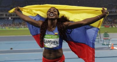 image content 7822915 20170202203304 - Caterine Ibargüen se luce en Barranquilla con un salto dorado