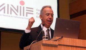 sergio clavijo 300x174 - Hay populismo de derecha en la propuesta de subir el salario mínimo: Sergio Clavijo