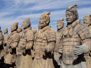 economc3ada antigua china 2 300x225 - ¿Cómo prepararnos y cómo educar a un niño de esta época?