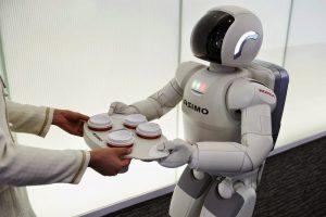 robots 300x200 - 'El desempleo tecnológico será el gran tema del siglo XXI'