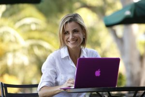 2732444w1033 300x200 - Red sólida de contactos, la clave para las mujeres emprendedoras