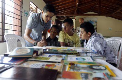 5bd0b10f5a1a8 - Ouroboros lleva la magia de la lectura a zonas campesinas de Medellín