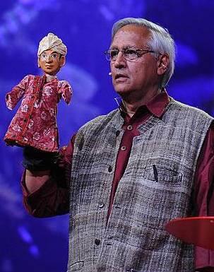BunkerRoy - Cambiando la mente en La Escuela de los Descalzos que nació en la India