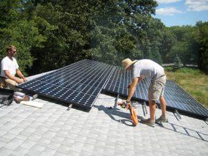 Estados Unidos Líder en Instalaciones de Energía Solar Casera 300x225 - Energía solar desde la casa