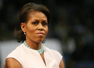 """437954 800x600 crop 5be5f102da9b1 360x260 - Michelle Obama dice en su libro que """"nunca perdonará"""" a Trump por poner en peligro a su familia, dice The Washington Post"""