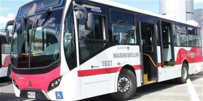 589fcc5ed1446 - Presentaron en Medellín los primeros buses anticontaminantes
