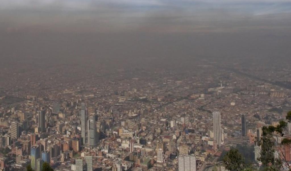 bogota contaminacion 1024x600 - Contaminación mortal