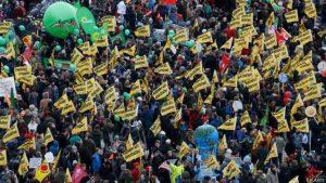 151129160750 protestas cumbre cambio climatico paris 624x351 reuters 1 300x169 - Las huelgas estudiantiles contra el cambio climático se multiplican por Europa