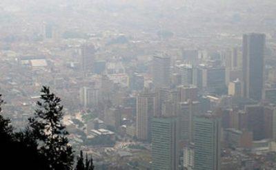 Bogota paniramica aire 1 - Descontaminación: ¡Medellín y Cali sí; Bogotá no!