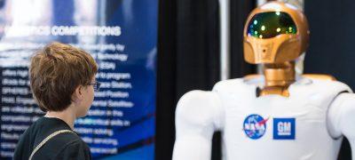 Inteligencia Artificial 1 - Crece Inteligencia Artificial en industria y vida cotidiana
