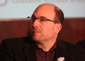 craig newmark craigslist periodismo 360x260 - Fundador de Craigslist dona $15 millones de dólares para promover la ética periodística