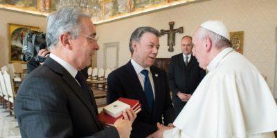 5c969e6a3b6cd.r 1553438575431.0 97 3000 1597 - Santos revela detalles de la cita con Uribe y el Papa en el Vaticano
