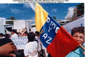 IMAGEN 10877506 2 1 300x200 - Nuevas marchas por la paz este lunes en Colombia