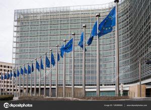 depositphotos 145389065 stock photo row of eu european union 300x219 - Las declaraciones de Petro en el exterior, marchando ante la La Haya