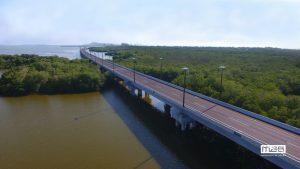 puente 2 300x169 - Dos premios a un puente que respetó la Ciénaga de la Virgen