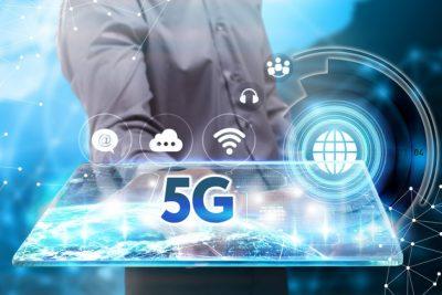 5G medicina tecnologia medicos dispositivos 730x487 - ¿Qué es la tecnología 5G y cómo influirá en la medicina?