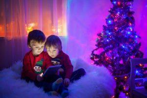 AdobeStock 90774033 1024x683 300x200 - Los niños del siglo XXI y la tecnología
