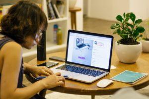 Tecnologia en la educacion Lenovo 14 300x200 - Los desafíos de la educación del siglo XXI