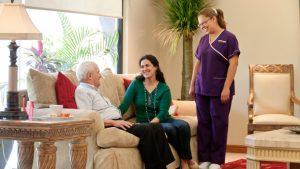 10 consejos para cuidar un adulto mayor en casa 300x169 - Tecnología: al cuidado de las personas mayores